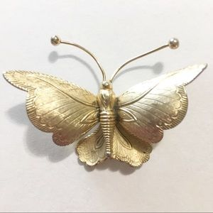Butterfly brooch pin gold tone vintage eng…